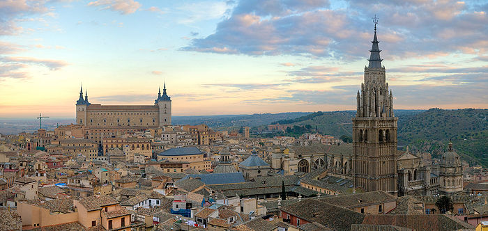 700px-Toledo_Skyline_Panorama,_Spain_-_Dec_2006